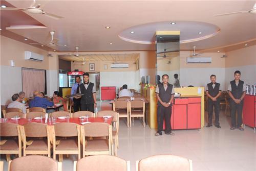 The Sukh Sagar Restaurant in Veraval