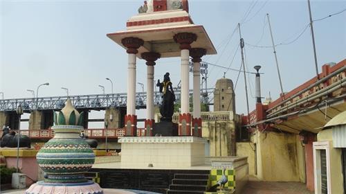 Krishnaveni Idol