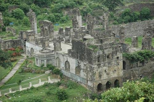 Birds eye view Kondapalli Fort