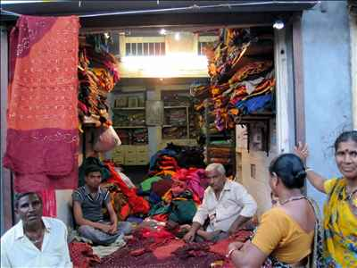 Textile Shops in Wadhwan