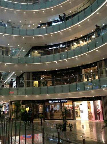 Barnala Shopping Mall in Yamunanagar