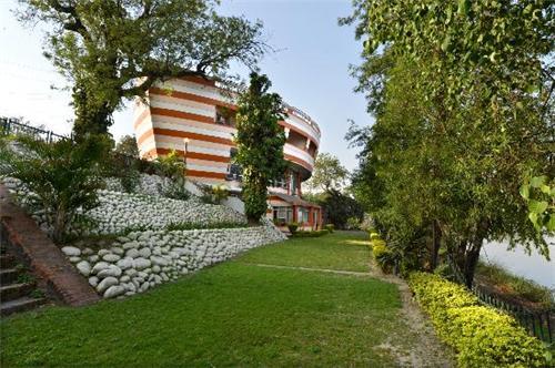 Location of Grey Pelican Hotel in Yamunanagar