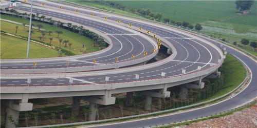 Yamuna Expressway Leading to Agra