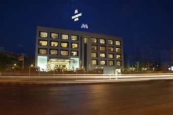 Four-Star Hotels in Ahmedabad