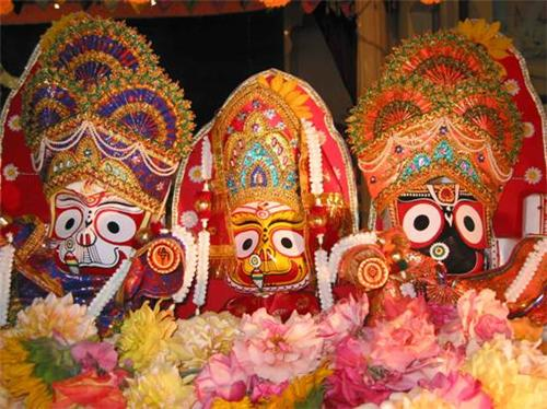Holy Trinity Idols at Jagannath Temple Ahmedabad
