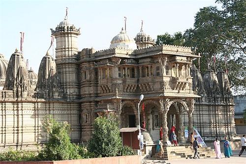 Hutheesingh Jain Temple Ahmedabad