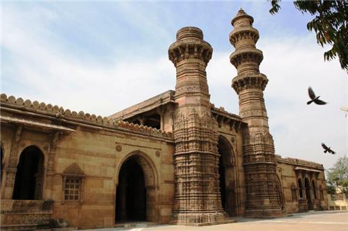 Jhulta Minars in Ahmedabad
