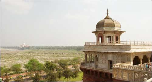 Agra Weekend Getaway near Amroha