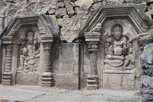 Fine art at Martand Sun Temple in Anantnag