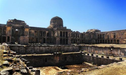 Famous monuments near Bhopal