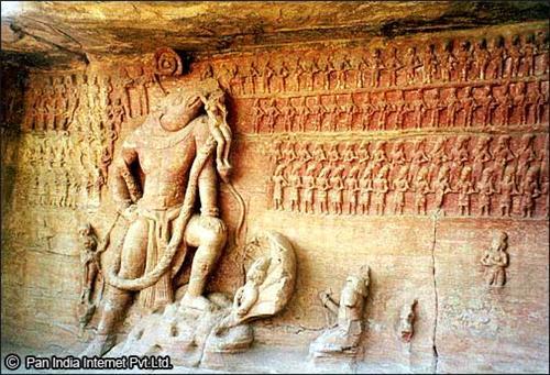 A Famous Monument: Udayagiri Caves is Bhubaneshwar