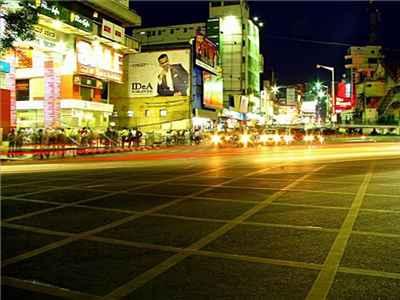 Shopping-in-Bijapur