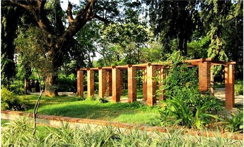 Semmozhi Poonga Garden