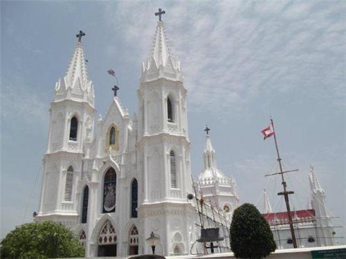 Accomodation in Velankanni Church in Chennai