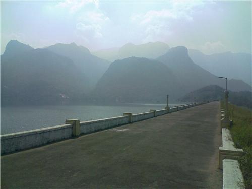 Dams in Valparai