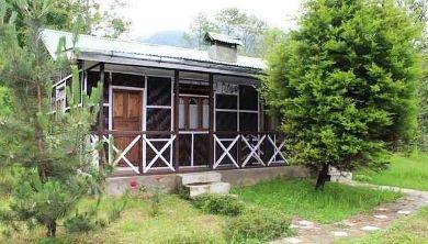 Cottage At Plamajua from Darjeeling
