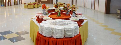 There are several companies offering catering services in Durgapur