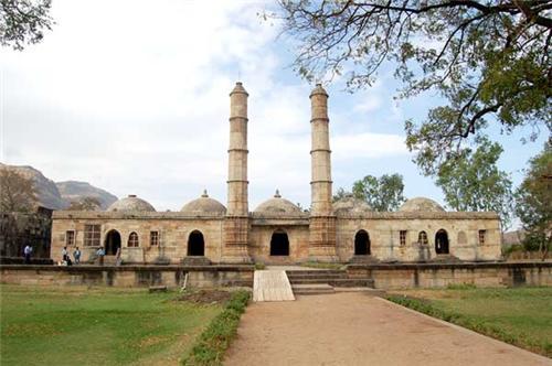 Historical Monuments in Gandhinagar
