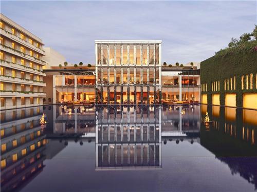 Luxury Hotel in Gurugram