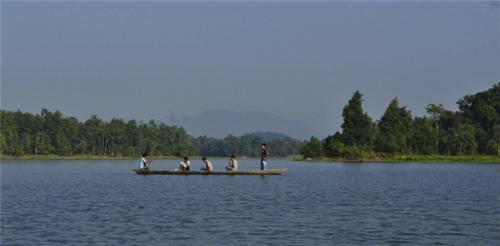 chandubi lake guwahati picnic spots