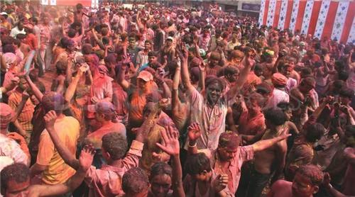 holi festival in guwahati