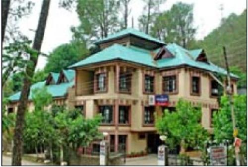 Hotel in Hamirpur