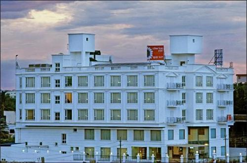 3 Star and 5 Star Hotels in Hubli