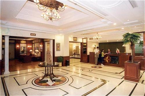 Country Inn in Indore