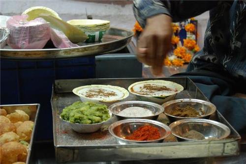 Food varieties at Sarafa Bazaar Indore