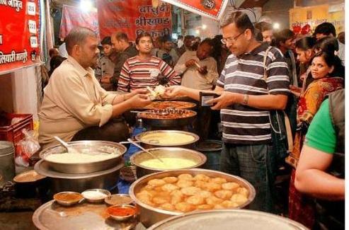 Sarafa Bazaar in Indore