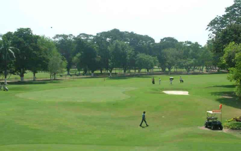 भारत में गोल्फ रिज़ॉर्ट