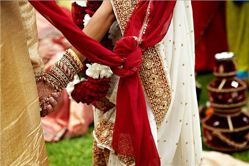 Different Marriage Customs in India