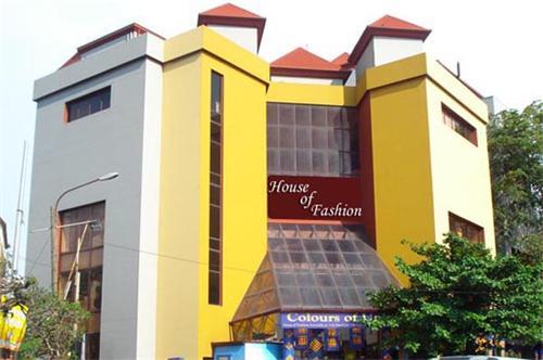 Shopping Destinations in Sri Lanka