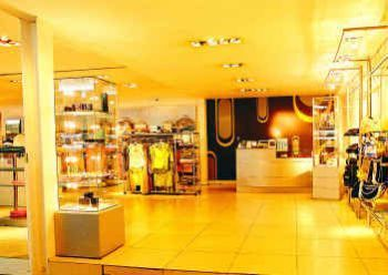 Interesting Places to Shop in Sri Lanka