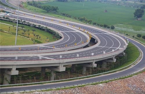 Yamuna Expressway in India