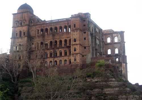 Mubarak Mandi Palace Complex in Jammu