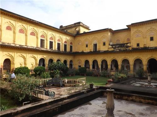 Rani Mahal Palace