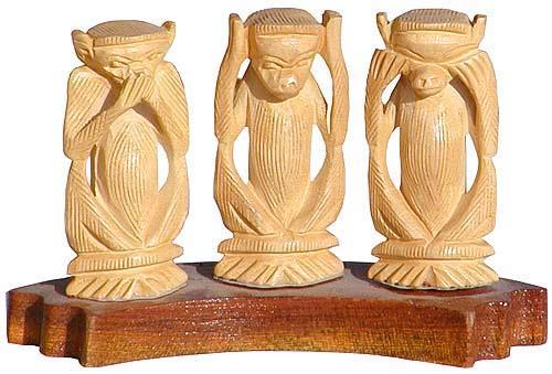 Jharkhand's woodcrafts are ultimate pieces of art