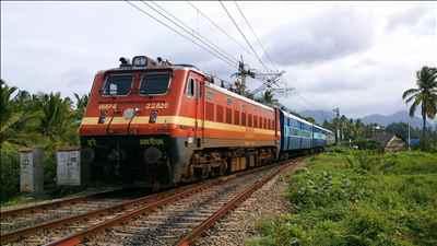 Railway_services_in_Chakradharpur