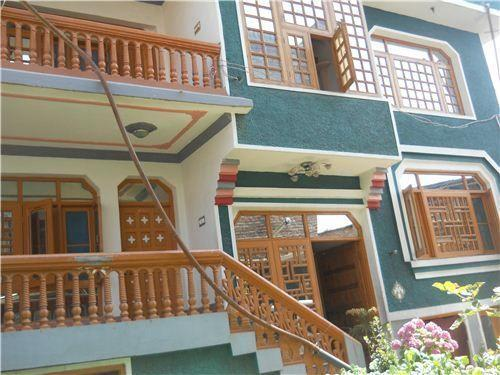Famous Guest Houses of Srinagar
