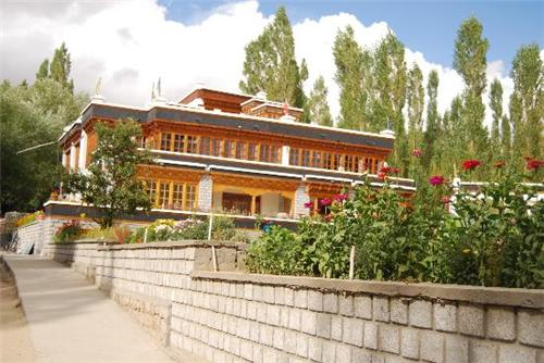 Popular Guest Houses in Leh