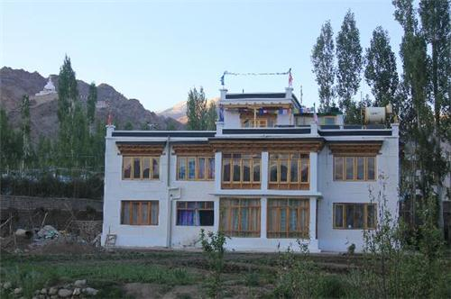 Guest Houses in Leh Ladakh