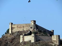 Forts in Kashmir