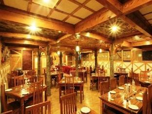 Dining in Heevan Retreat