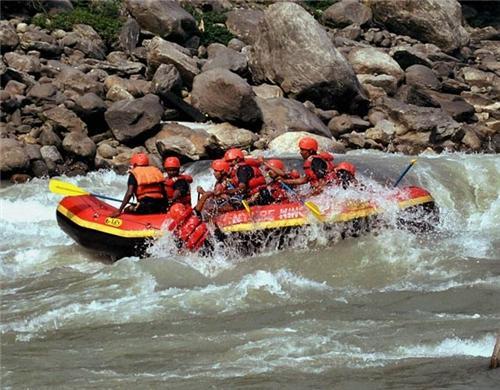 White Water Rafting in Leh