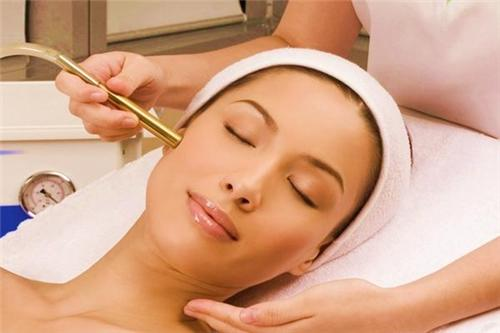 Beauty Parlors in Leh