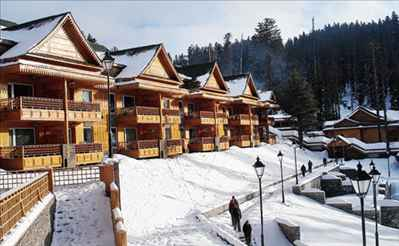 Beautiful Location of Khyber Resort & Spa in Gulmarg