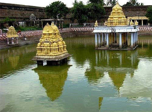 Vardharaja Perumal temple in Kancheepuram