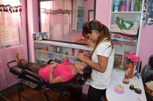 Beauty Parlours in Hospet