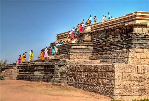 One Day Tour From Hospet